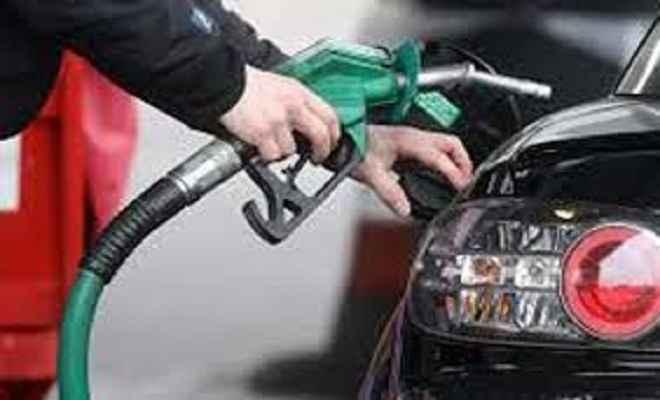 पेट्रोल के दामों में मामूली वृद्धि