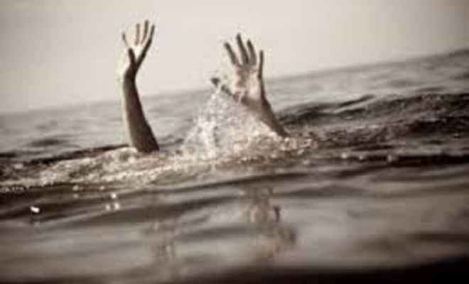 बाढ़ के पानी में डूबने से दो लोगों की मौत
