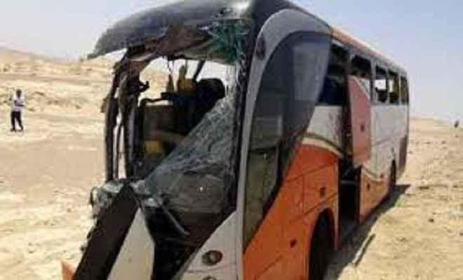 मिस्र में सड़क दुर्घटना में 15 मरे