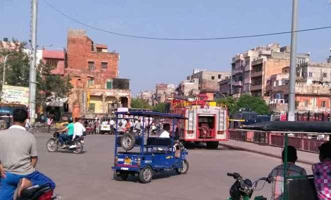 जयपुर में तीन थाना क्षेत्रों से हटा कर्फ्यू , इंटरनेट सेवा बहाल
