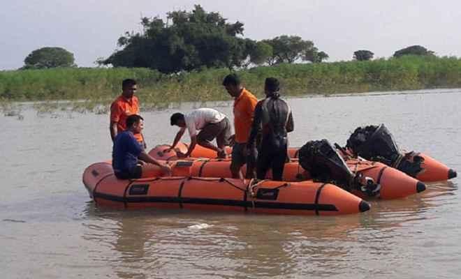 गंगा नदी में एक ही परिवार की छह बच्चियों की डूबने से मौत