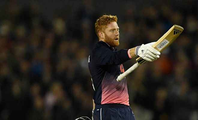 इंग्लैंड ने विंडीज को सात विकेट से हराया