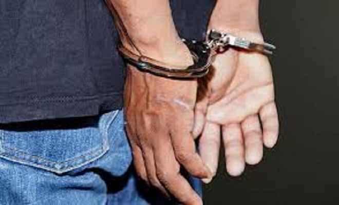 मादक पदार्थ विक्रेता समेत पांच गिरफ्तार