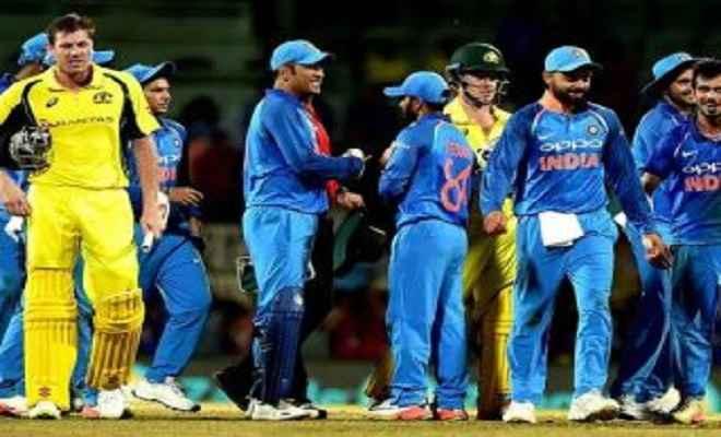 इंदौर वनडे: भारत की निगाह सीरीज पर, आस्ट्रेलिया करेगी खाता खोलने का प्रयास