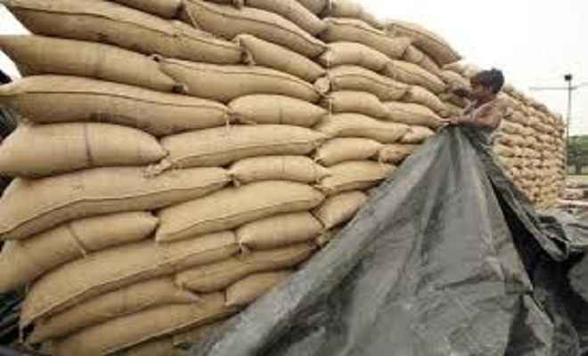 सारण पुलिस ने 192 बोरा चावल किया जब्त