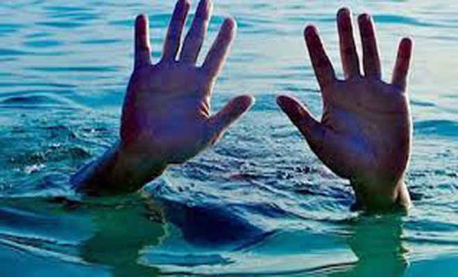 शिवहर में बागमती नदी में नाव पलटी, चार महिलाएं तेज धार में बहीं, हो रही तलाश