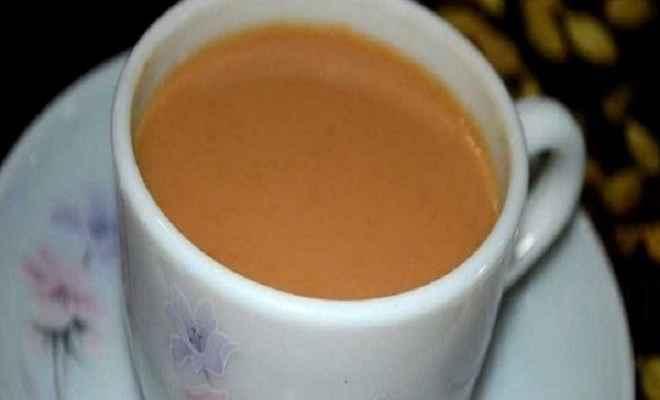 जहरीली चाय पीने से एक ही परिवार तीन लोगों की मौत