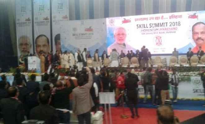 टीम झारखंड ने बेरोजगारी समाप्त करने का लिया है संकल्प : सीएम
