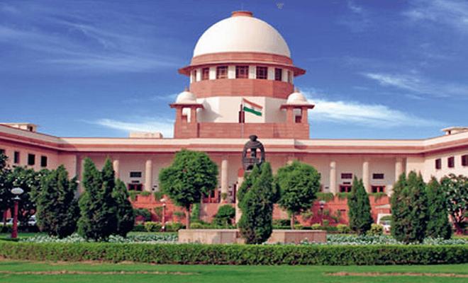 अंतर्जातीय विवाह मामले: सुप्रीम कोर्ट खाप पंचायतों पर सख्त तो केंद्र सरकार से नाराज