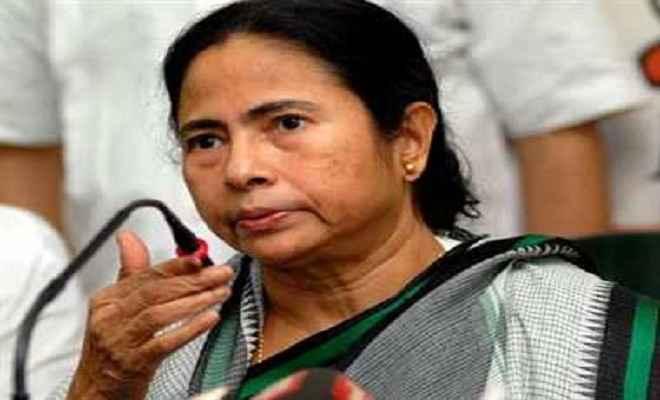 बंगाल मतलब बिजनेस, उद्योगपतियों को नहीं होने देंगे परेशान: ममता