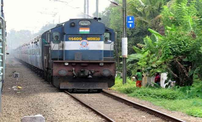 तीन जोड़ी ट्रेनों में लगेंगे अतिरिक्त कोच