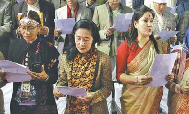 नेपाल की मधेशी बहुल प्रांतीय सभा के सदस्यों ने हिंदी, मैथिली और भोजपुरी में शपथ ली