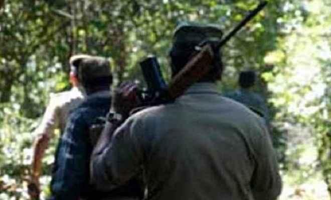 छत्तीसगढ़ः नक्सलियों ने छात्र का किया अपहरण, हत्या कर जंगल में फेंका शव