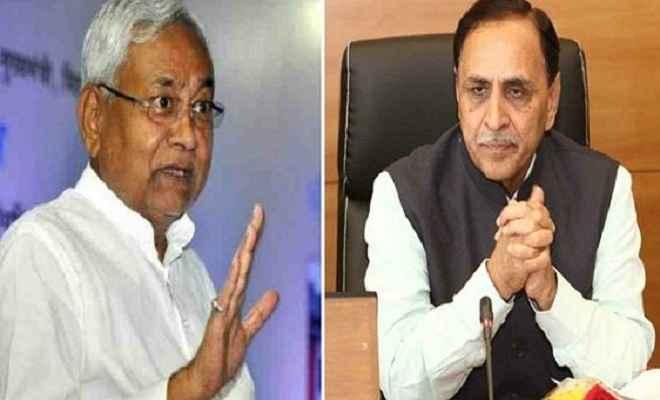 मुख्यमंत्री नीतीश ने की सीएम विजय रूपाणी से बात, कहा- गुजरात सरकार के संपर्क में हैं अधिकारी