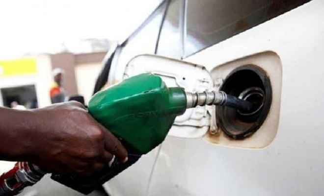 आज फिर बढ़े तेल के दाम, पेट्रोल 11 पैसे और 23 पैसे महंगा हुआ डीजल