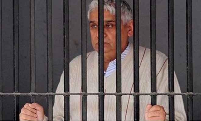 हत्या के दोषी रामपाल को आज सुनाई जा सकती है सजा, सुरक्षा व्यवस्था कड़ी