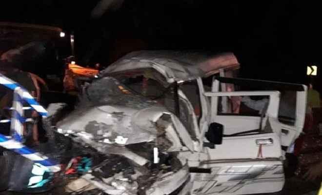 छत्तीसगढ़: ट्रक और बोलेरो में जोरदार टक्कर, 10 यात्रियों की मौत