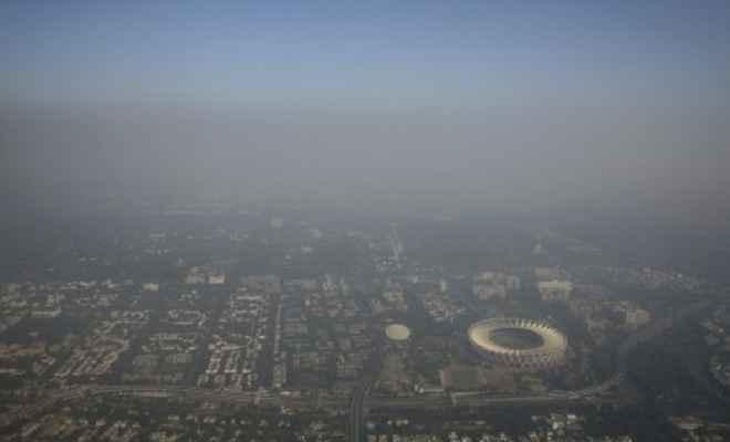 SC के आदेश की धज्जियां उड़ी; जमकर हुई पटाखेबाजी, फिर खतरनाक हुई दिल्ली की हवा
