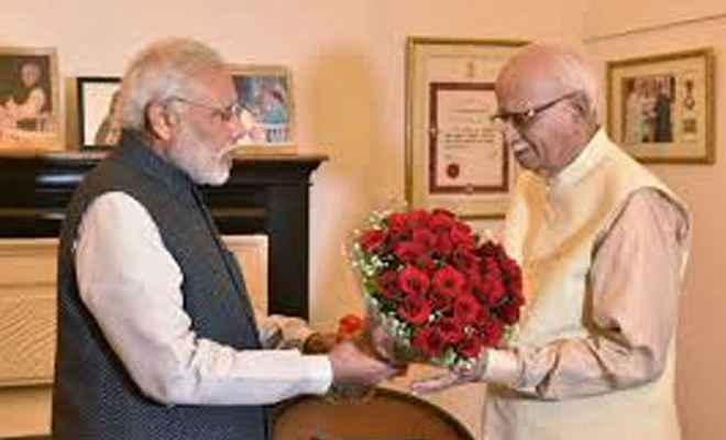 भाजपा के दिग्गज नेता आडवाणी का 91वां जन्मदिन, प्रधानमंत्री मोदी ने ट्वीट कर दी बधाई