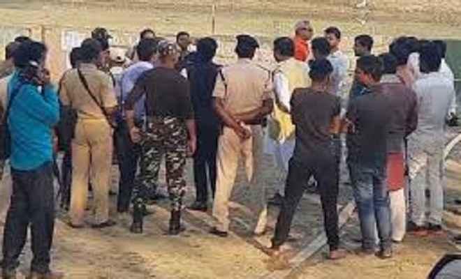 बुजुर्ग को चौक पर जिंदा जलाया, पुलिस कार्रवाई के लिए कर रही छठ पूजा बीतने का इंतजार