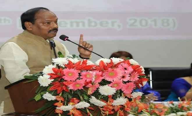 मुख्यमंत्री रघुवर दास ने रांची में 8वें राष्ट्रीय महिला पुलिस सम्मेलन का किया शुभारंभ