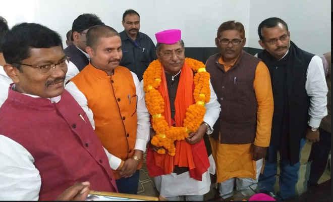 पथ निर्माण मंत्री नंदकिशोर यादव का भव्य स्वागत, मंत्री ने कहा- दरभंगा के विकास को सरकार का विशेष ध्यान