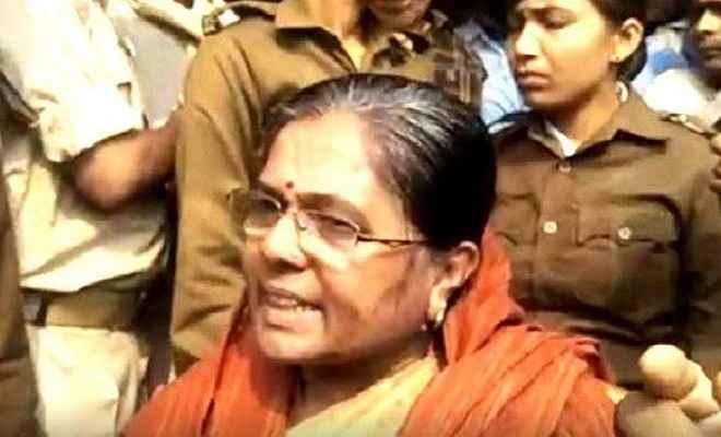 मुजफ्फरपुर मामला: कोर्ट में पेशी के बाद मंत्री मंजू वर्मा बोली-कोई तो बताओ मेरी गलती क्या है