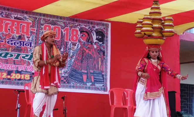 मिथिला ग्राम दलान में जीवंत हुई स्थानीय लोक संस्कृति की विरासत
