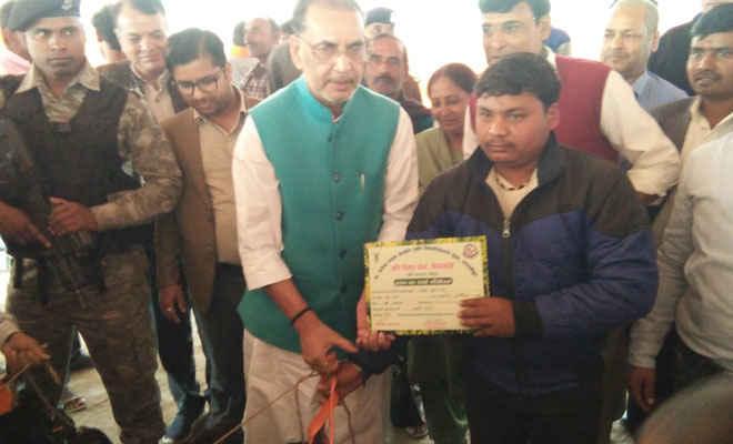 केन्द्रीय कृषि मंत्री ने कहा- पूर्व भारत का पहला एक्सीलेंस सेंटर का पीपराकोठी में होगा निर्माण