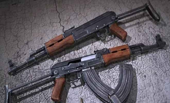 आरपीएफ जवानों पर हमला करके एके-47 राइफल और कारतूस लूटे