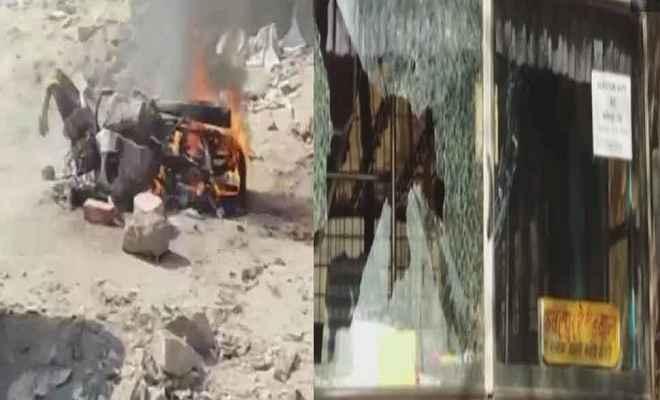 राजस्थान में मतदान के दौरान कई जगह हुई हिंसा, वाहन भी फूंके