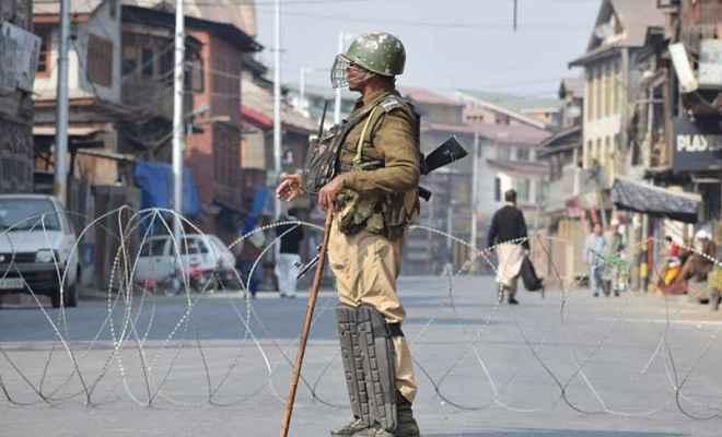 कश्मीर में अलगाववादियों की हड़ताल से जन-जीवन प्रभावित, तनावपूर्ण हुआ माहौल