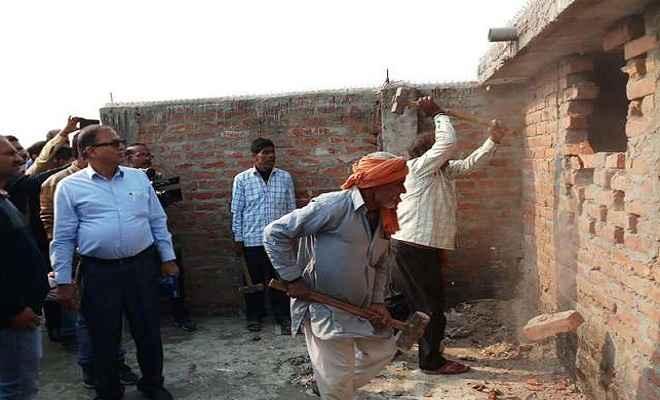 मुजफ्फरपुर बालिका गृहकांड: ध्वस्त होने लगा ब्रजेश ठाकुर के महापाप का घर