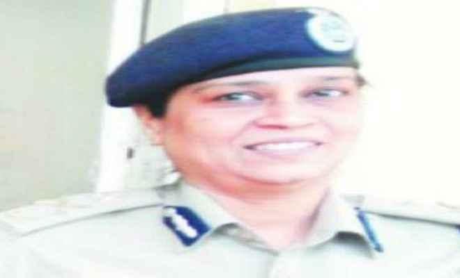 आईपीएस अधिकारी तदाशा मिश्रा के बेटे ने खुद को मारी गोली, हुई मौत