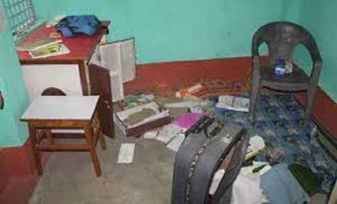 मुखिया के घर से लाखों की संपत्ति की चोरी