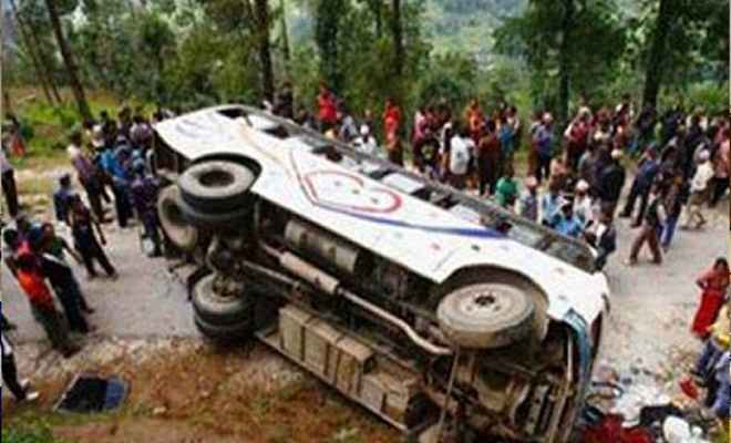 झारखण्डः दुमका में हुआ सड़क हादसा, 8 लोगों की मौत