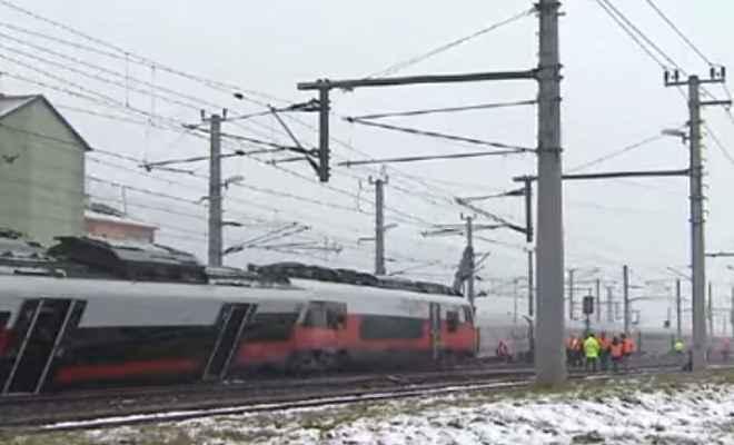 ऑस्ट्रिया: आपस में टकराई ट्रेनें एक की मौत, 22 लोग घायल