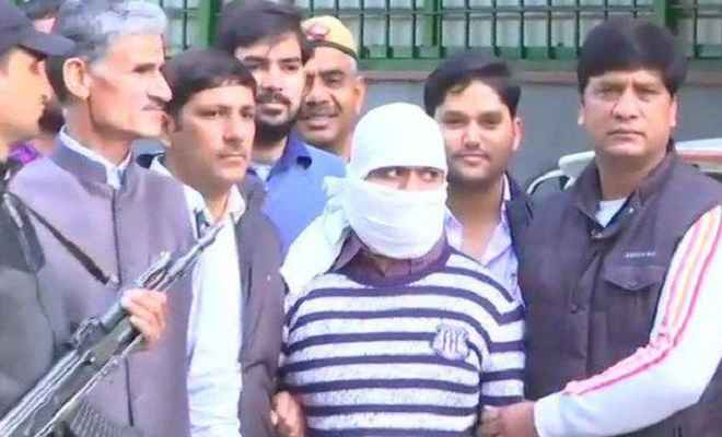 फरार आतंकी जुनैद को दिल्ली पुलिस ने दबोचा