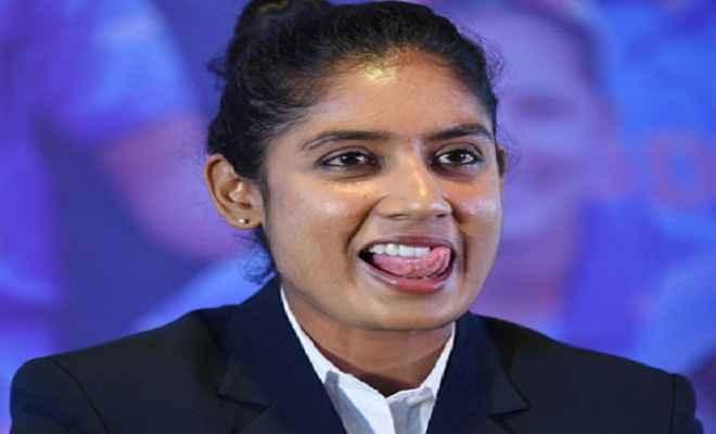 दक्षिण अफ्रीका पर दबदबा बनाए रखने उतरेगी भारतीय महिला टीम