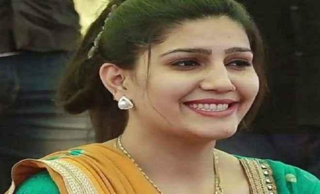 हरियाणवी के नए गाने ''घूंघट की ओट'' में दिखा सपना चौधरी का रोमांटिक अंदाज