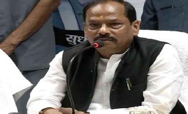 मुख्यमंत्री रघुवर दास ने कहा राज्य की तीन लाख महिलाओं को रोजगार देगी सरकार