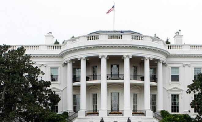 व्हाइट हाउस ने रूस के साथ कथित सांठगांठ के आरोपों से एक बार फिर इनकार किया
