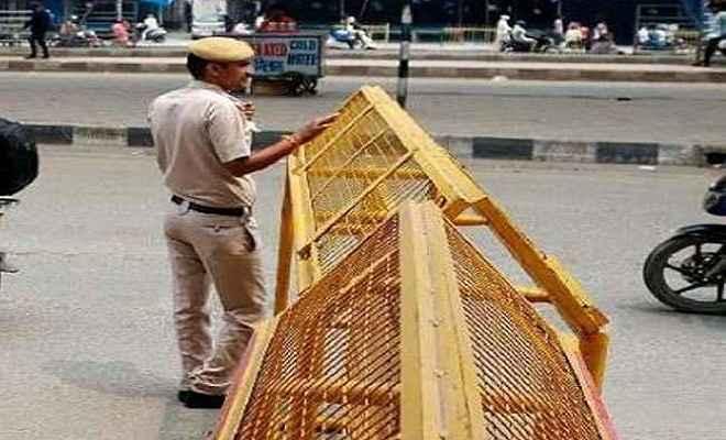 पुलिस कर्मियों की आंख में मिर्ची पाउडर डालकर फरार हुआ कैदी