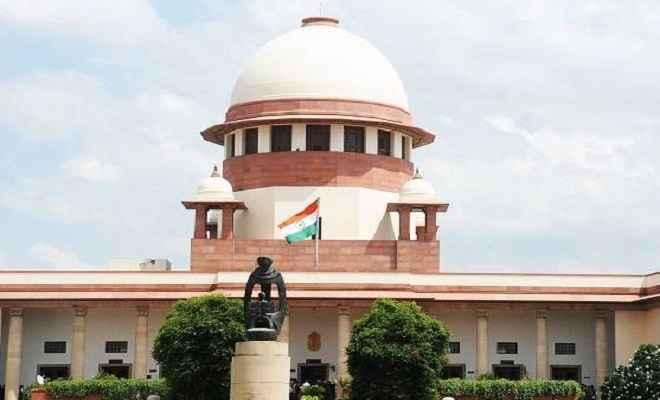सुनंदा पुष्कर मामला: सुप्रीम कोर्ट ने दिल्ली पुलिस को नोटिस जारी की