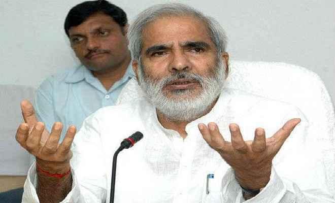 राजद नेता रघुवंश प्रसाद ने किया पीएम मोदी पर निजी हमला