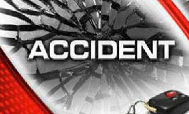 झारखंड: पूजा कर रहे 15 लोगों को कार ने कुचला, 7 की मौत
