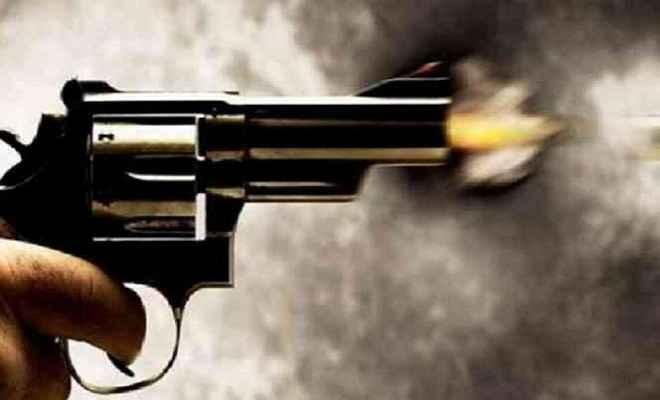 झारखंडः बैखोफ अपराधियों ने भाजपा नेता पर बरसाई गोली