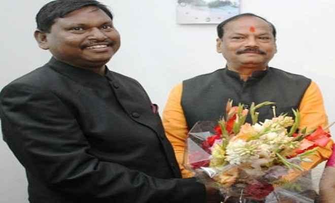राज्यसभा चुनाव से पहले अर्जुन मुंडा और सीएम रघुवर दास की आज होगी मुलाकात