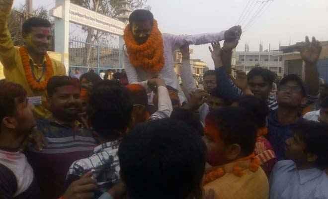 छात्र संघ चुनाव: अध्यक्ष पद पर अभाविप के प्रशांत कुमार व उपाध्यक्ष पद पर चांदनी ने बाजी मारी