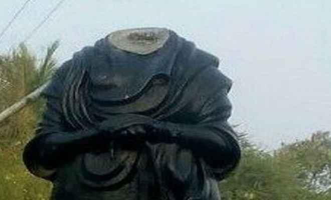 तमिलनाडु में फिर क्षतिग्रस्त की गई पेरियार की प्रतिमा, पुलिस ने दर्ज किया केस